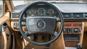 ساخت سوئیچ خودرو مرسدس بنز E230 در محل